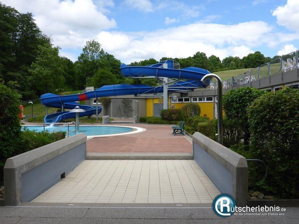 Sport- und Freizeitbad Altenglan - Freibad-Action im Pfälzer Bergland ...
