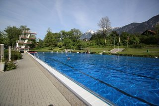 Schwimmbad Hall in Tirol